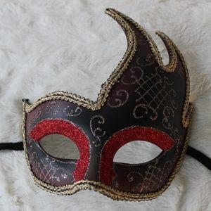 EUC: Party Masquerade Mask